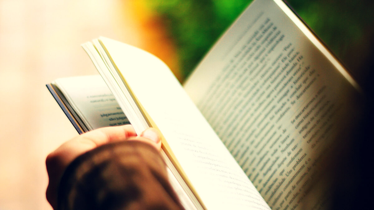 Finding time to read is easier if you have a reading list or a book bucket list
