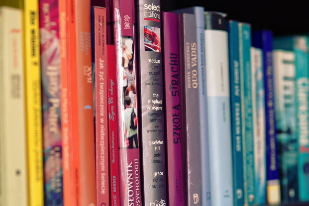 Colorful Books - Ready to pick a great first read aloud chapter book?